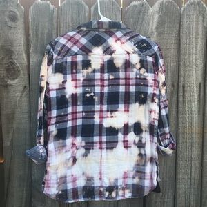 beachlunchlounge Tops - Upcycled distressed bleached flannel size XS